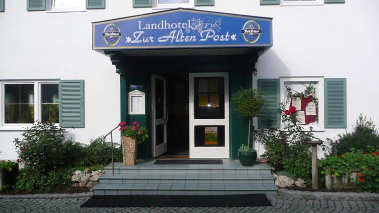 Eingang Landhotel zur alten Post